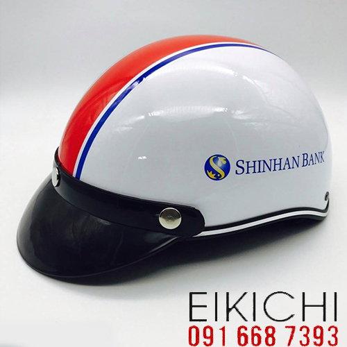 Mẫu nón bảo hiểm quảng cáo Shinhan Bank làm quà tặng ở TPHCM xưởng sản xuất Eikichi