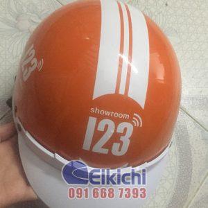 Mẫu nón bảo hiểm quà tặng của showroom 123
